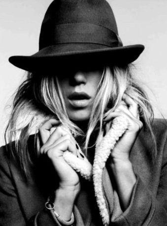 lavidacollage hat abrigo