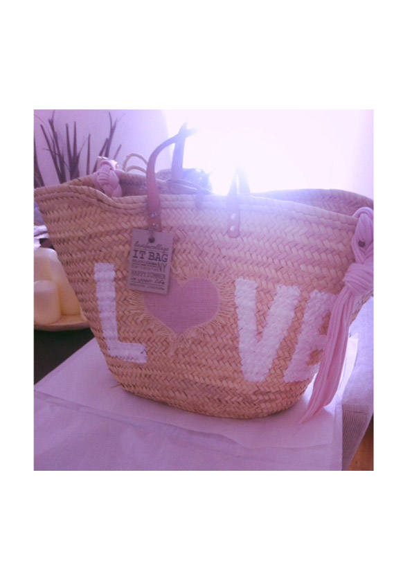 lavidacollage-bolso-diseño-exclusivo-edición-limitada-made-in-spain-love-bag-love-style-natural-capazo-boho-rock-jane-birkin-kate-moss-elle-mcpherson